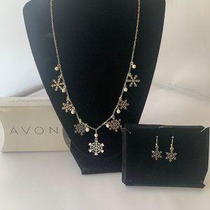 Avon snowflake filigree neckalce and earring set.